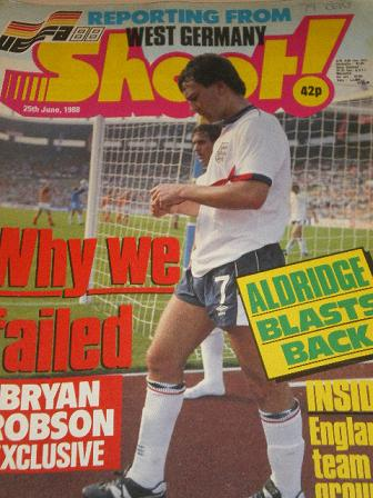 SHOOT magazine, 25 June 1988 issue for sale. Original British FOOTBALL publication from Tilley, Ches