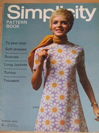 SIMPLICITY PATTERN BOOK SPRING 1970 ISSUE FOR SALE VINTAGE FASHION SEWING DRESSMAKING PUBLICATION CL